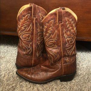 Justin Buck Chesnut Boots